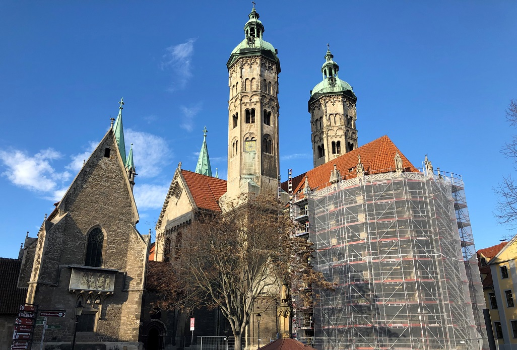 Restoration of the East Choir facade of Naumburg Cathedral begins